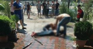 """Майами полициячиси маст мухлисанинг шапалоғига мушт билан """"жавоб берди"""""""