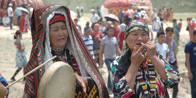 Узбекский фольклорный ансамбль завоевал Гран-при фестиваля в Болгарии