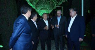 Лидеры стран СНГ решили неформально собраться в Санкт-Петербурге