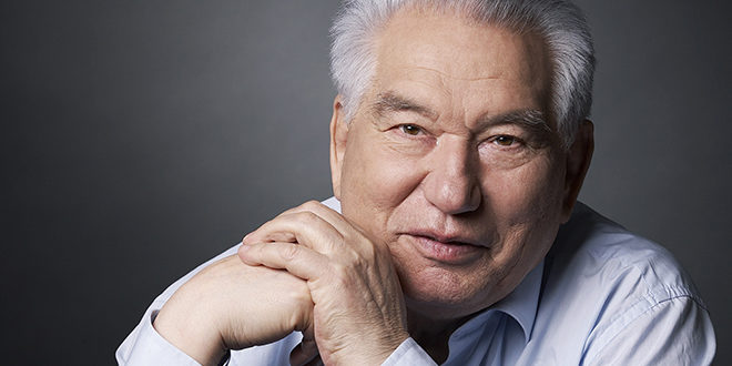 ЧИНГИЗ АЙТМАТОВ (1928-2008)