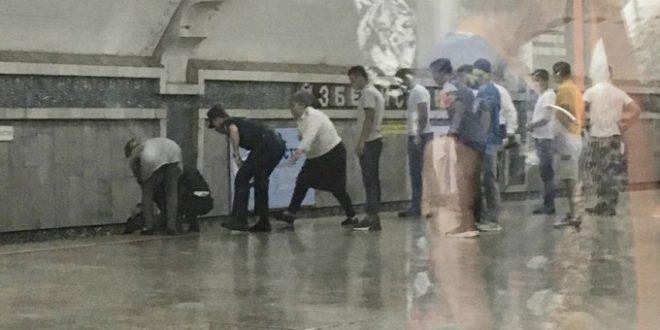 Тошкентда ҳушини йўқотган талаба метро рельсларига йиқилиб тушди