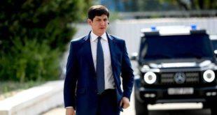 Отабек Умаров: тонировка машины не помешает обеспечить безопасность