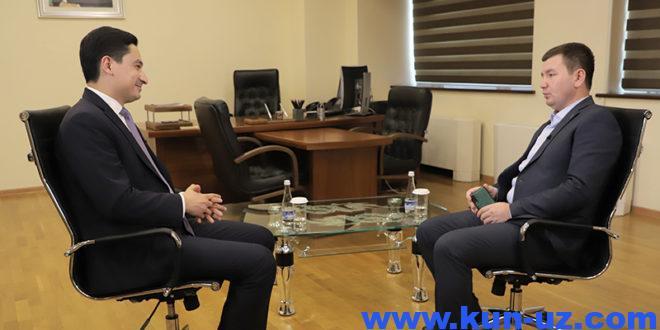 Интервью: Узбекистондаги энг ёш ректор коррупциясиз имтихонлар, мажбурий булмаган форма ва олий таълимдаги бюрократия хакида (1-кисм)